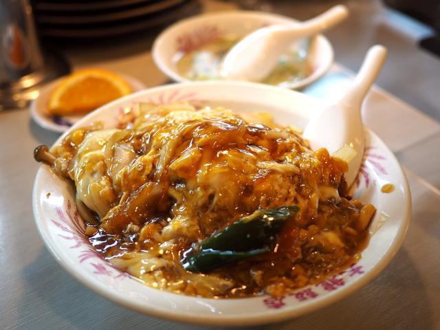 画像: 濃いぃくてちょっとジャンクで癖になる味わいの中華風カツ丼! 東大阪市 「大龍飯店」