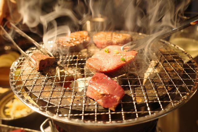 画像: 【新橋】セルフ飲み放題と大満足コース。会員制&完全貸切り個室の贅沢焼肉「たまには焼肉マルヒ」