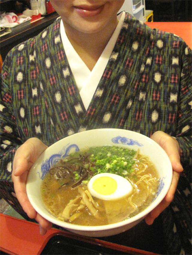 画像: 【福岡】そば屋の名物ラーメン&親子丼♪@そば処 まさや