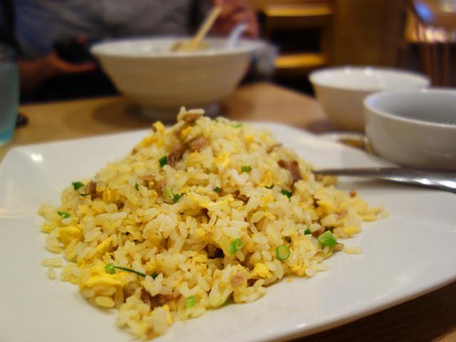 画像: 【福岡】自家製餃子・塩炒飯・炙り叉焼湯麺♪@シン中華 ロン