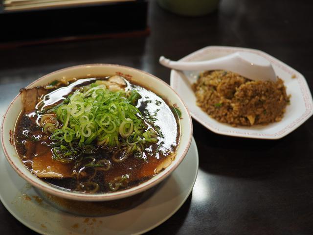 画像: 体が無性にジャンクなものを欲していたので・・・ 京橋 「新福菜館 KiKi京橋店」