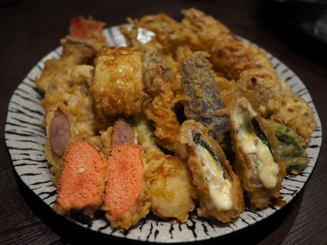 画像: 揚げたて熱々がとにかく旨い堺の名店の絶品天ぷらがそのままの味でお手軽に楽しめる使い勝手抜群のお店! 梅田 「天ぷら大吉 ホワイティうめだ店」