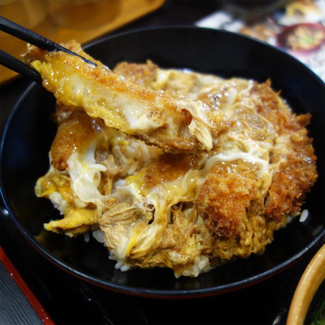 画像: 【福岡】もつ鍋うどん&カツとじ丼セット♪@資さんうどん 原店