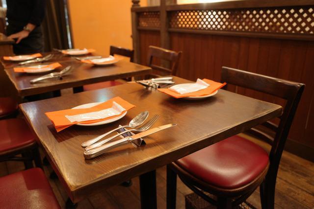 画像: 【鎌倉】ポップな店内でワインと鎌倉野菜料理を楽しむ元気になれるビストロ「ビストロ オランジュ」