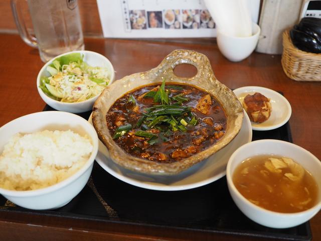 画像: 地元で絶大に支持されている町中華の濃厚な旨味の土鍋麻婆豆腐! 京橋 「中国菜飯 味らい」