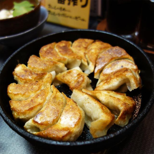 画像: 【福岡】絶品!鉄板焼き餃子&水餃子♪@まるさん餃子