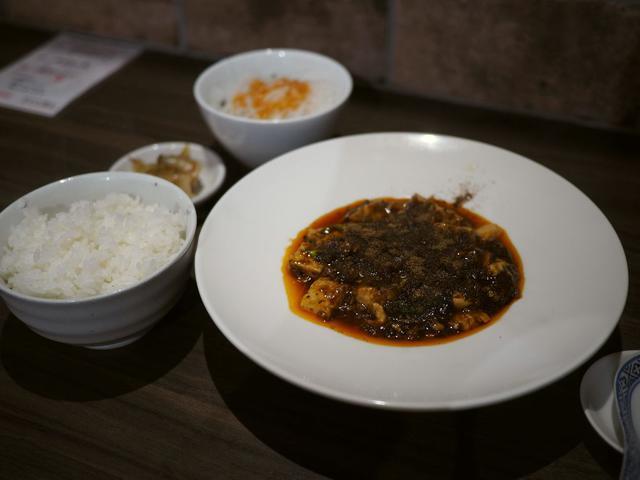 画像: 北新地の人気中華の姉妹店がオープン!本店と同じ最強麻婆豆腐がいただけます! 北新地 「中菜バル 堂島」