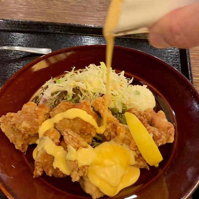 画像: ただでさえ美味しい唐揚げにとろ~り流れるチーズソースをかけて食べたら感動的な美味しさです! 西天満 「アサヒスーパードライ 梅田」
