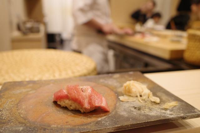 画像: 【築地】極上の握りコースが昼ならお得に味わえる。大人のカウンター鮨「鮨桂太」