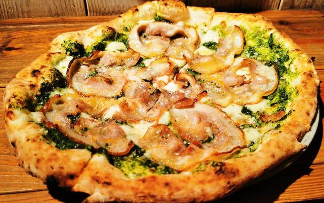 画像: 築地トゥットベーネのポルケッタのピッツァはひと味違う!