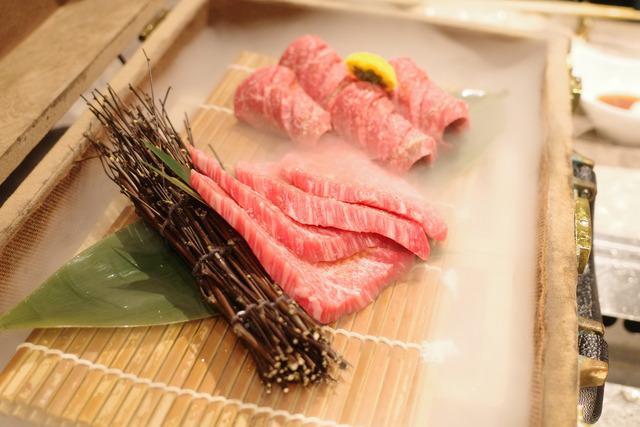 画像: 【恵比寿】プライベート感たっぷりの個室で極上焼肉を味わう「肉の匠 将泰庵」