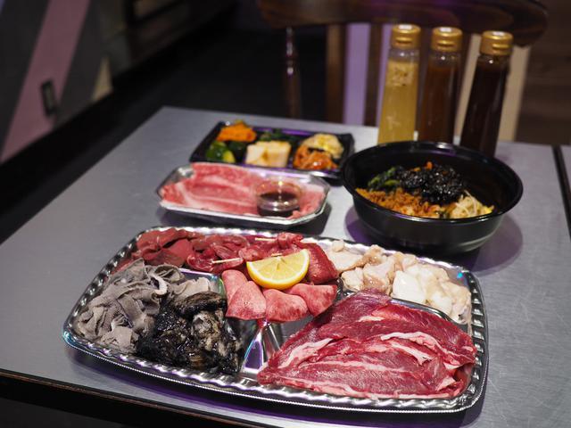 画像: おうちでホルモン焼き!ちょっとイイお肉とサイドメニューも付いたお値打ちのテイクアウト! 梅田 「段サ上レバ モツ喰ライ」