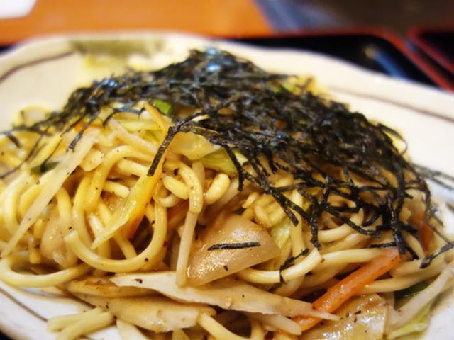 画像: 【福岡】丸腸入りもつ鍋焼きそば&ふわとろ牛すじおでんランチ♪@天神ホルモン 今泉店