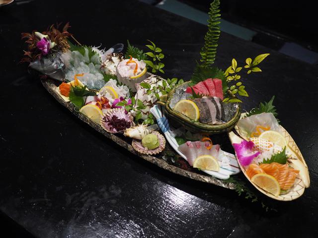 画像: 鮮度抜群の魚介類や名物料理がとてもリーズナブルで常連さんに長く愛され続ける名居酒屋! なんば 「なかよし 難波店」