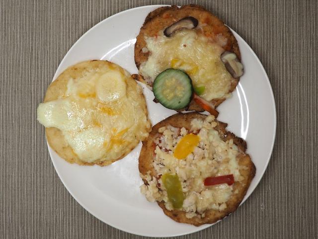 画像: 小麦粉を使用しないグルテンフリーで低カロリーなのにとても美味しいピザをテイクアウト! 「カリフラピザ専門店 オリーブ」