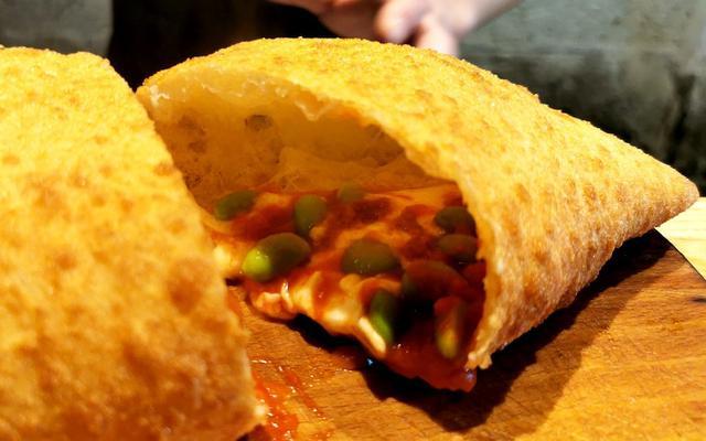 画像: テイクアウトOK!パレルモプラスの揚げピザが旨い!