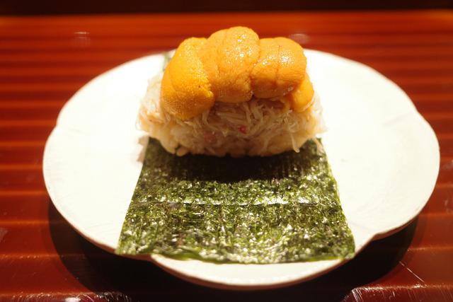 画像: 【広尾】進化し続ける江戸前鮨を目でも舌でも楽しむカウンター「鮨 在」
