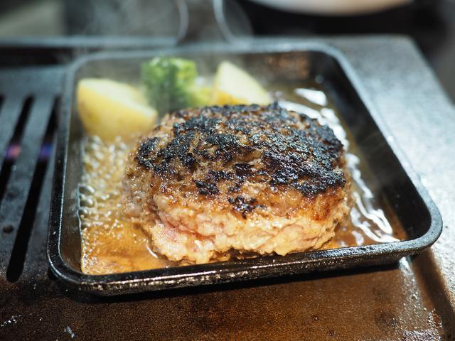 画像: 大分県産豊後牛一頭買いの焼肉店の絶品レアハンバーグランチ! 福島区 「焼肉ホルモン ブンゴ 福島店」