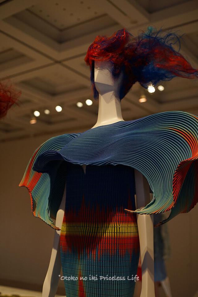 画像: ファッションインジャパン(六本木)国立新美術館でコロナ跡の未来を視る