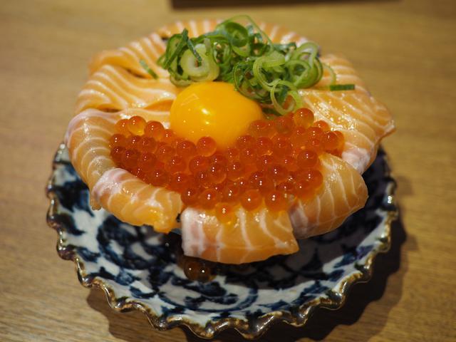画像: 雰囲気も料理もネオで楽しくてとてもリーズナブルな人気居酒屋! 東大阪市 「ネオ大衆酒場 ひばりちゃん」
