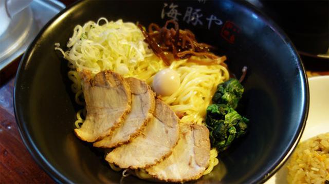 画像: 【福岡】家系博多ラーメン店のつけ麺&辛ネギチャーシューメン♪@西新 海豚や