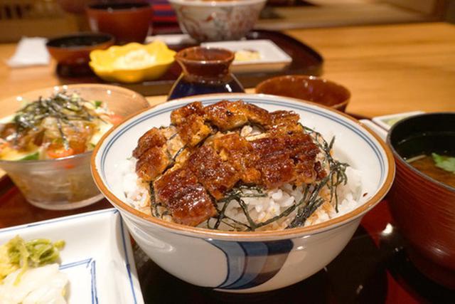 画像: 【福岡】定番のまぶし丼&鰻のタレ焼き豚丼♪@ひつまぶし和食 備長 中洲川端店