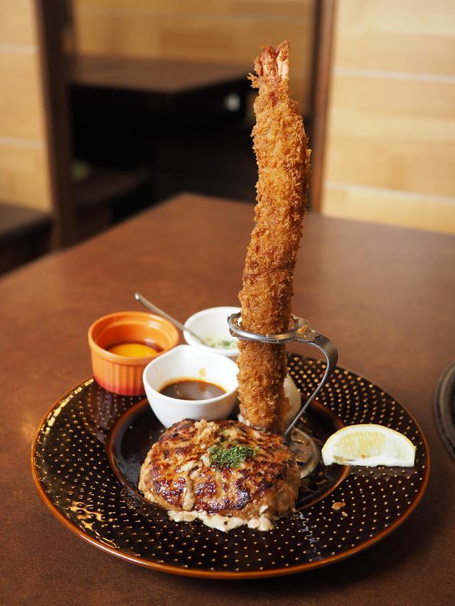 画像: 絶品ポークハンバーグと長~~~いエビフライは食べ応え満点!夏季限定のうなぎハンバーグも最高です! 神戸市西区 「神戸ハンバーグウエスト」
