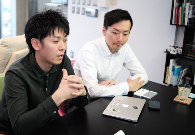 画像: 株式会社ギブリー 写真左から 取締役 山川 雄志様、リクルート事業部 セールス・マーケティング統括リーダー 国井 彰様