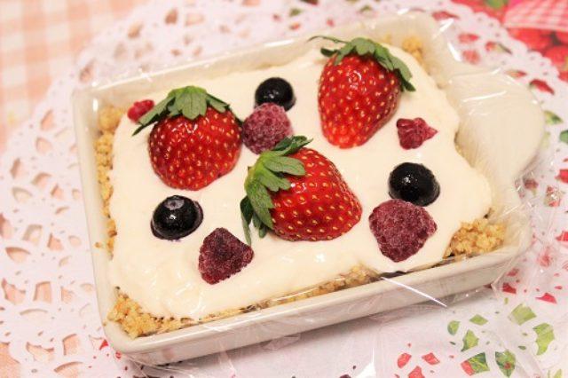 画像: スポンジは作りません カンタン! 焼かないケーキのレシピ【作ってみた】