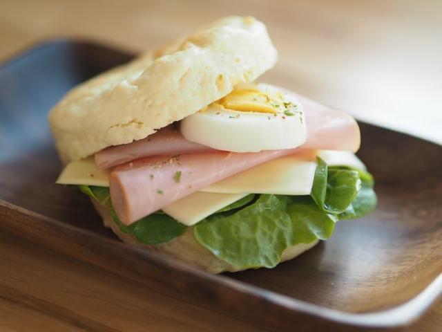 画像: 表参道・COMMUNE246にあるサンドイッチ屋発! なんでもない日を特別にする「しあわせサンドイッチ」レシピ【作ってみた】