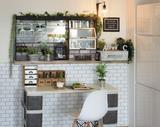 """画像: 壁紙を変えるだけで大変身! 自宅を""""今どきおしゃれ""""なカフェっぽくするリメイク術"""
