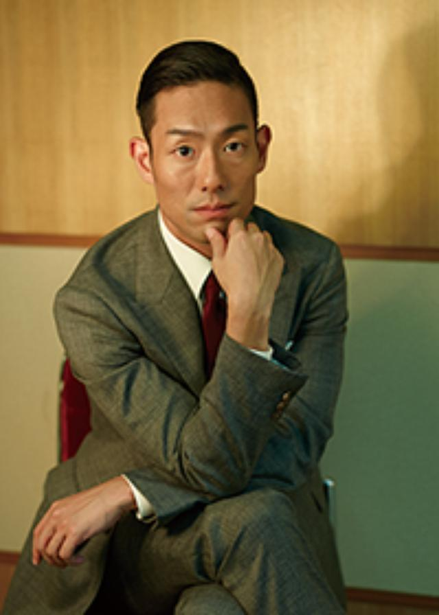 画像: 中村勘九郎「家族全員が本好き。我が家の本棚はカオスです」
