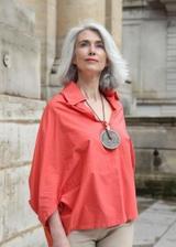 """画像: 白髪=加齢の象徴は古い! 自分を受け入れた自信と魅力に満ちた、パリの""""グレイヘア""""のマダムたちから学んだこと"""