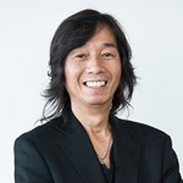 画像: DJ:鈴木しょう治 http://www.fmosaka.net/_sites/16783372