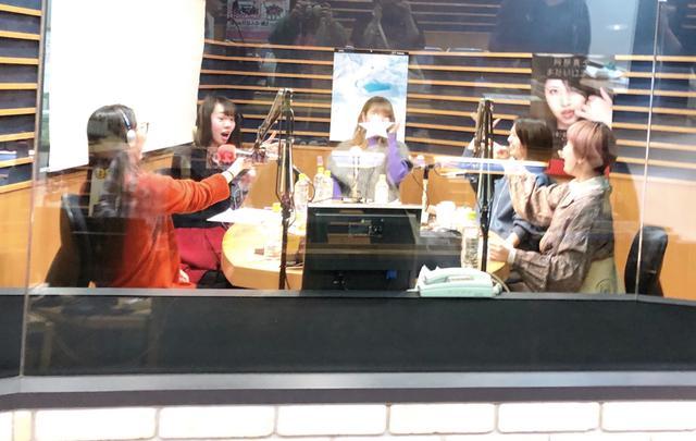 画像2: 阿部真央と女子会!?FM OH! SUNDAY SPECIAL「今夜は眠るまであべま女子会!」放送決定!