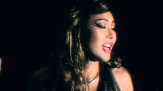 画像: KIRA - 「星が輝く夜」 (YouTube ver.) www.youtube.com