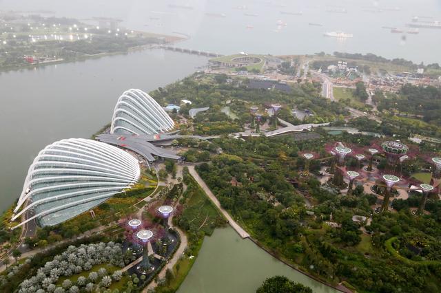 画像: シンガポール・フライヤー 世界最大の観覧車。 晴れた日は市中心部はもちろん空 港からセントーサ島まで、 360 度壮大な景色が一望できます。