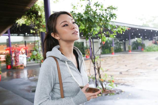 画像: ガーデンズ・バイ・ザ・ベイ 2012 年 6 月にオープンした巨大な植物園。 その中でも高さ25〜50メートルの人工樹 は圧巻。 最上階のレストラン「IndoChine」からは シンガポール市内の絶景が!