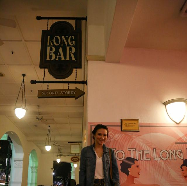 画像2: 夜のお洒落スポット、ロング バーです