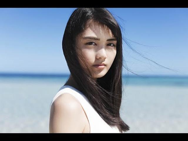画像: 水谷 果穂「青い涙 (Official Music Video) 」 youtu.be