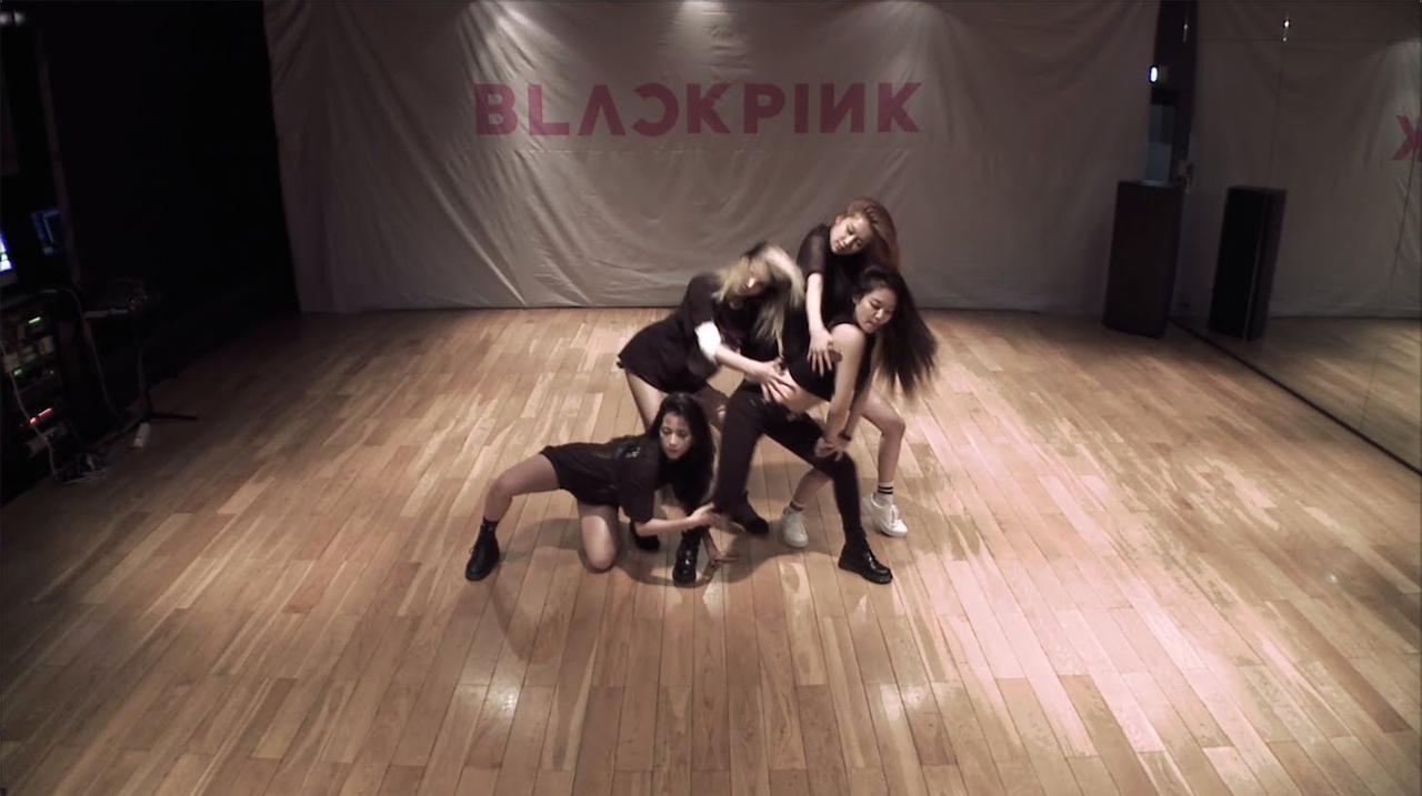 画像: BLACKPINK - '붐바야(BOOMBAYAH)' DANCE PRACTICE VIDEO youtu.be