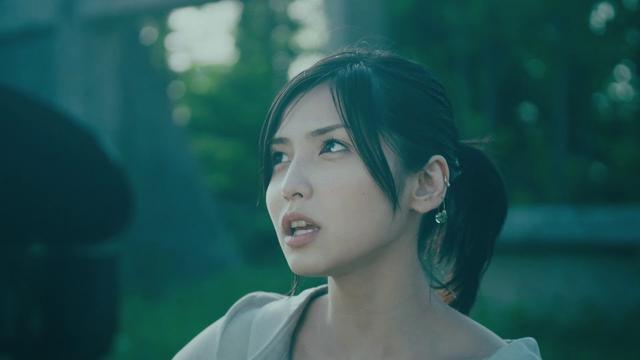 画像: 植田真梨恵「勿忘にくちづけ」MV youtu.be