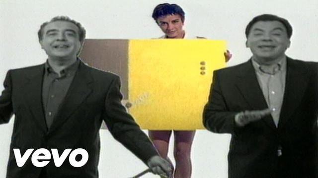 画像: Los Del Rio - Macarena (Bayside Boys Remix) youtu.be