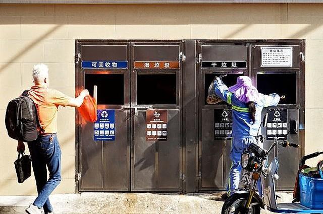 画像: 上海で初めて「ゴミ分別条例」施行 観光客にも最高85万円の罰金 - ライブドアニュース