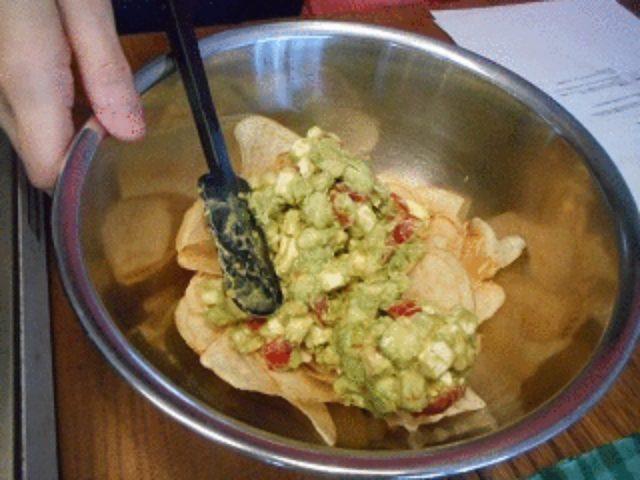 画像3: ポテチとチーズのメキシコ風サラダ