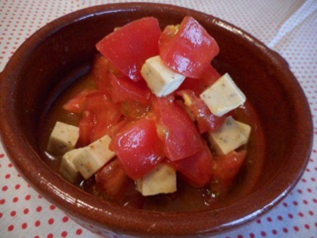 画像4: トマトとチーズのカレーマリネ