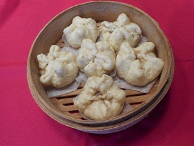 画像9: 冬の定番 ホッカホカ チーズ肉まん