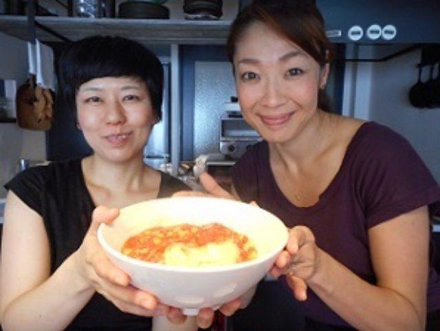 画像9: レンジでトマトソース ツナコーントマト丼