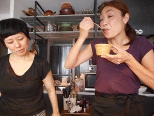 画像11: 干し海老とザーサイの酸辣湯 チーズワンタン入り