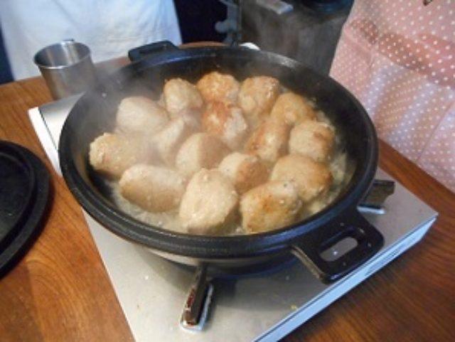 画像8: パルメザン風味の肉団子